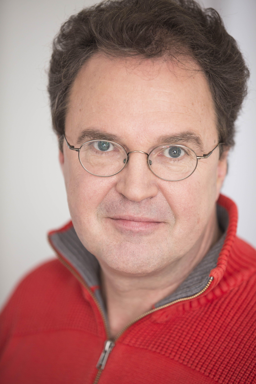 Pfarrer Ralf Haeussler Initiator Handy-Aktion